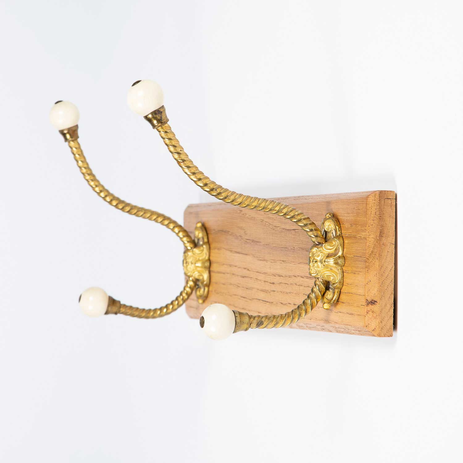 Board of Coat Hooks