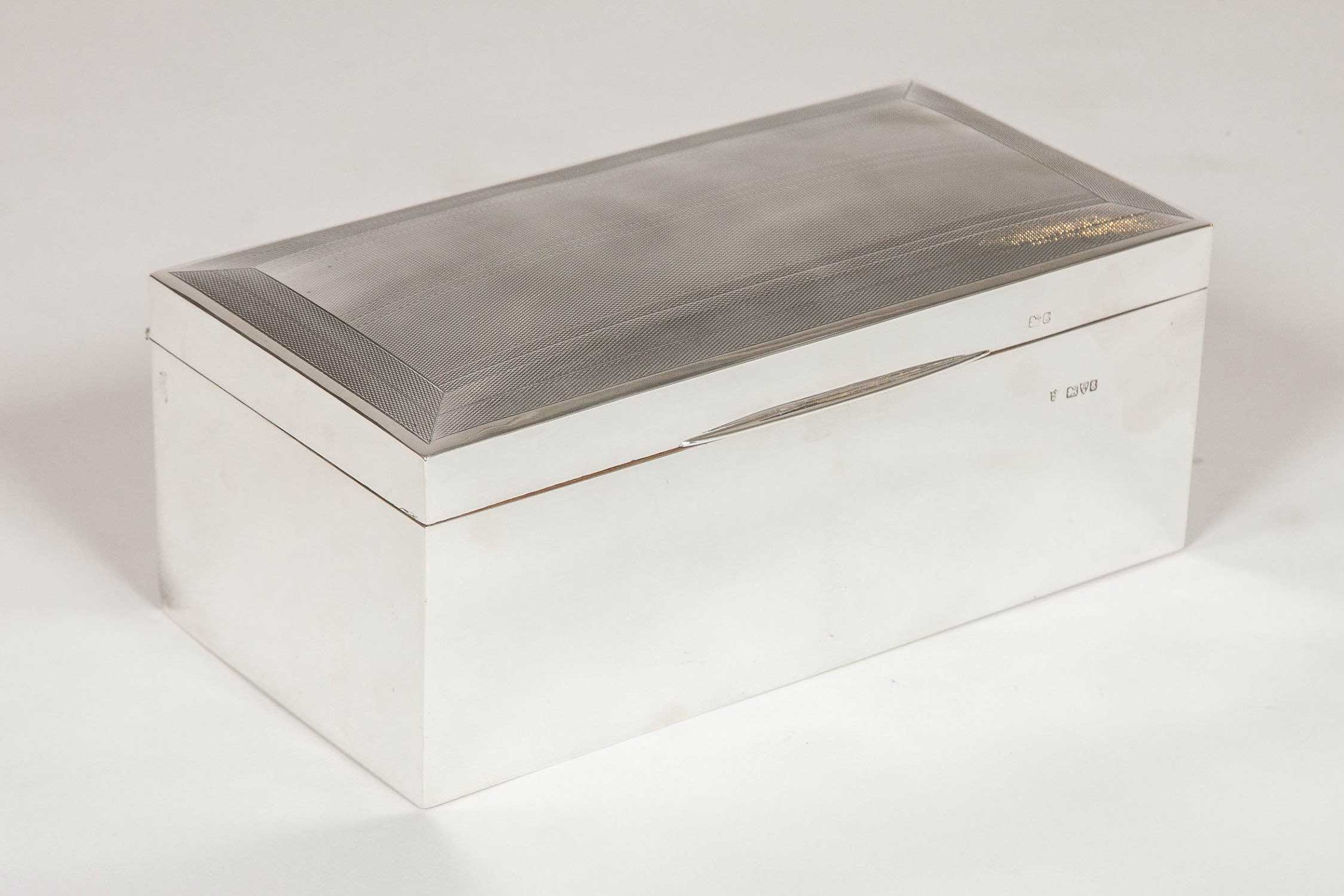 STERLING SILVER BOX CHESTER 1905