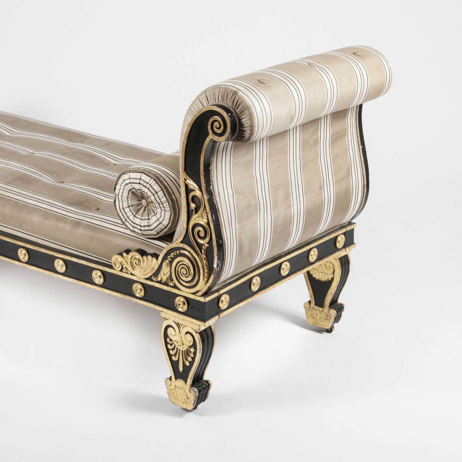 REGENCY CHAISE LONGUE