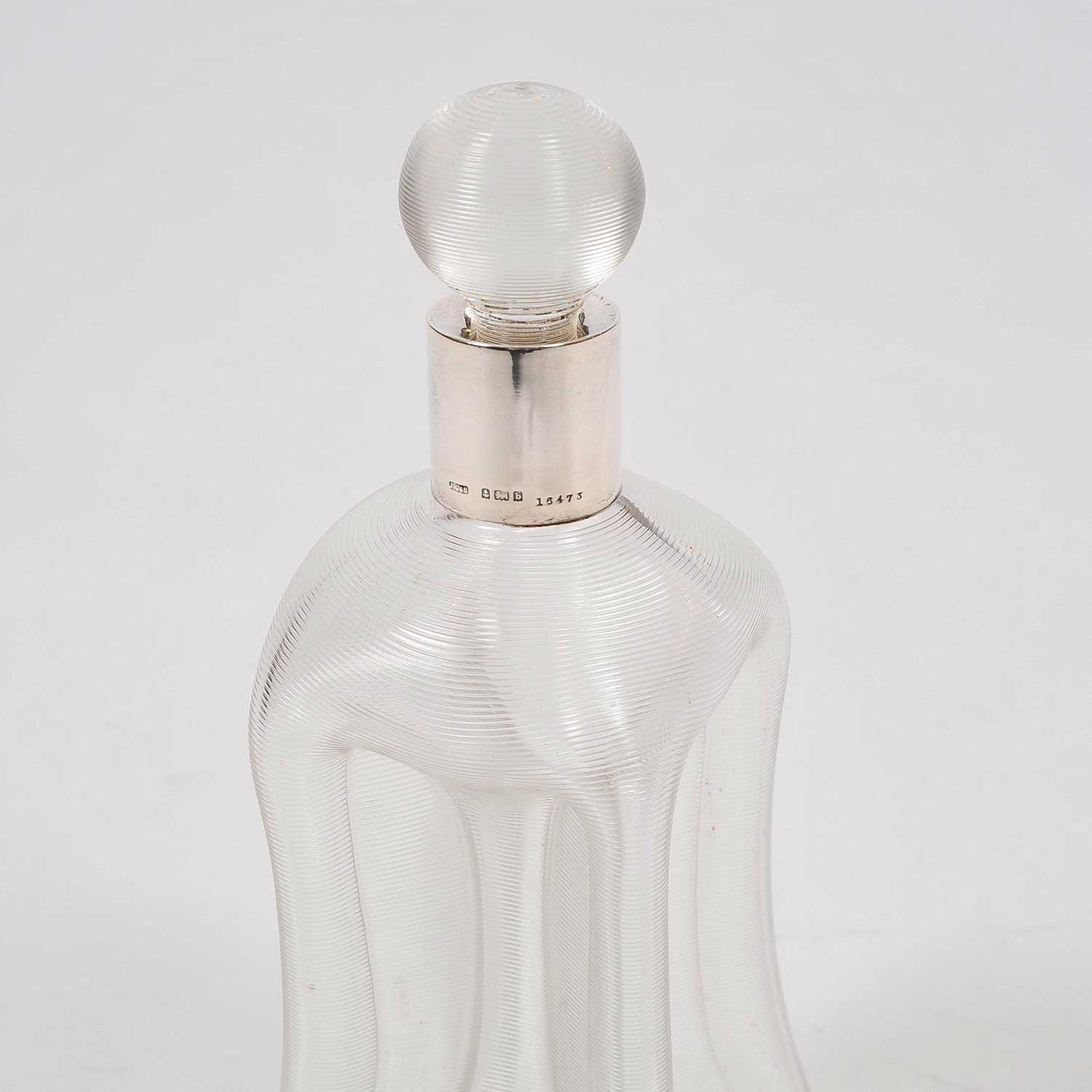 RIBBED GLASS DECANTER WITH SILVER COLLAR