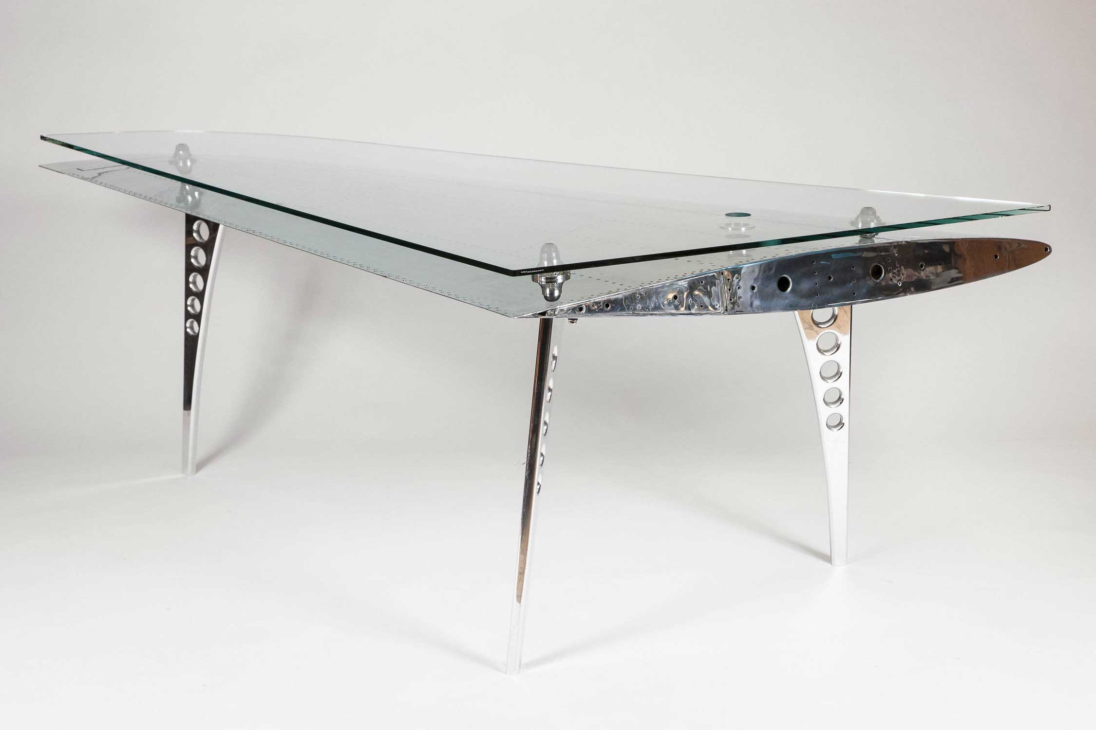 HAWK WING DESK
